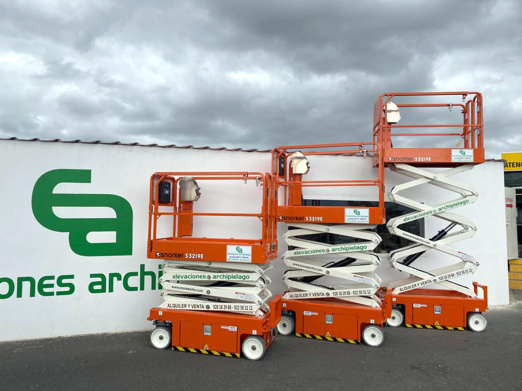Three Snorkel S3219E Electric Scissor Lifts in the Canary Islands